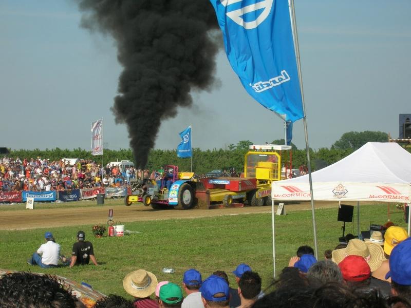 Tractor pulling 2007 Dscn3518