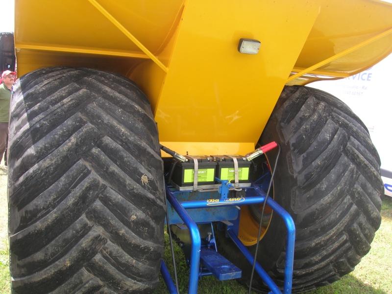 tractor pulling 2008 Dscn5512