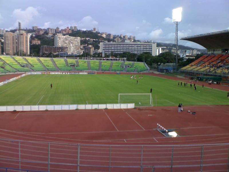 Caracas | Estadio Olímpico Universitario | 22.000 - Página 2 08-03-13