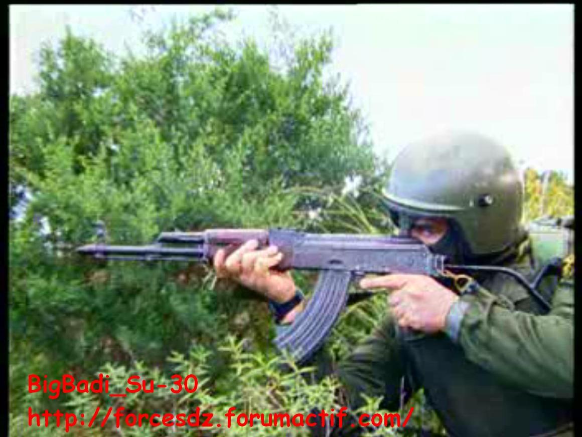 موسوعة الصور الرائعة للقوات الخاصة الجزائرية - صفحة 4 Pdvd_344