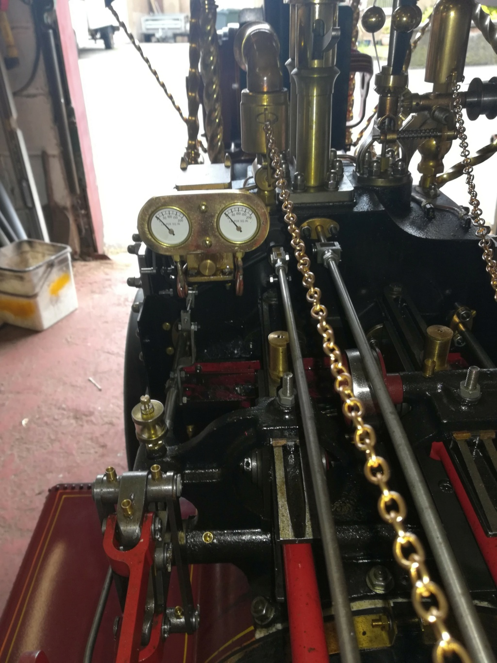 """4"""" Showmans Engine. Fully built and stunning. SORRY THIS HAS NOW SOLD Gauges10"""