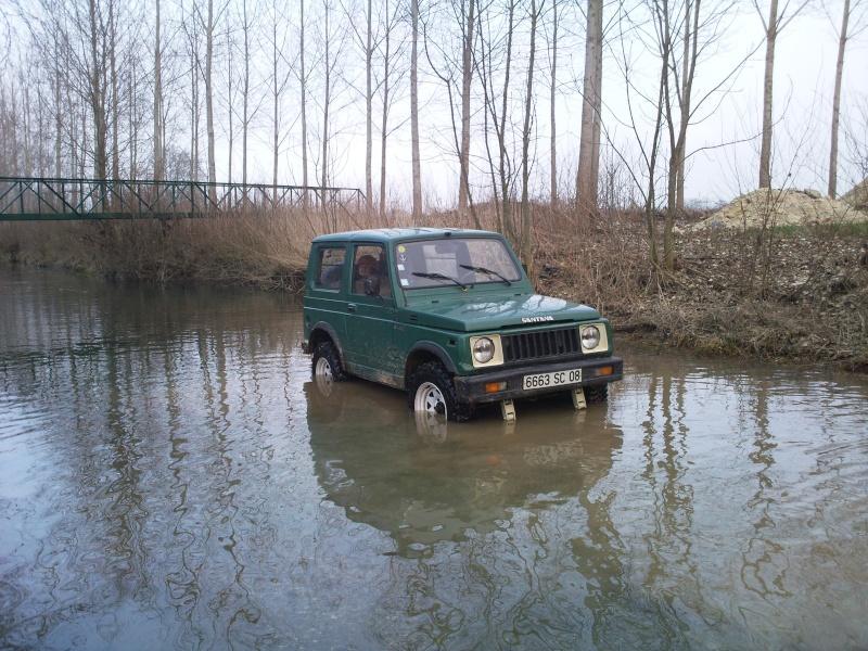 Suzuki  410 Photo020