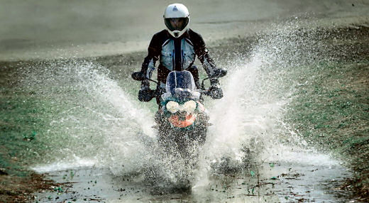Choix moto pour concentre hivernale Triump13