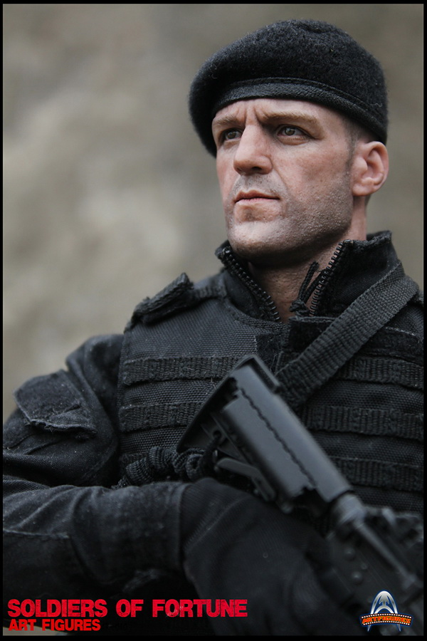 "HOTTOYS (figurine 12"" THE EXPENDABLES) - Page 6 00311"