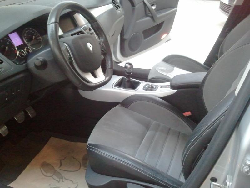 [jblag] Laguna III.1 dCi 180 GT 2011-012