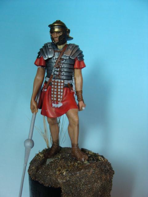 Légionnaire romain 75 mm PEGASO En_cou12