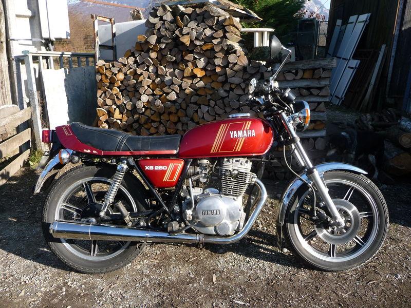 on y va du souvenir : première moto 47506010