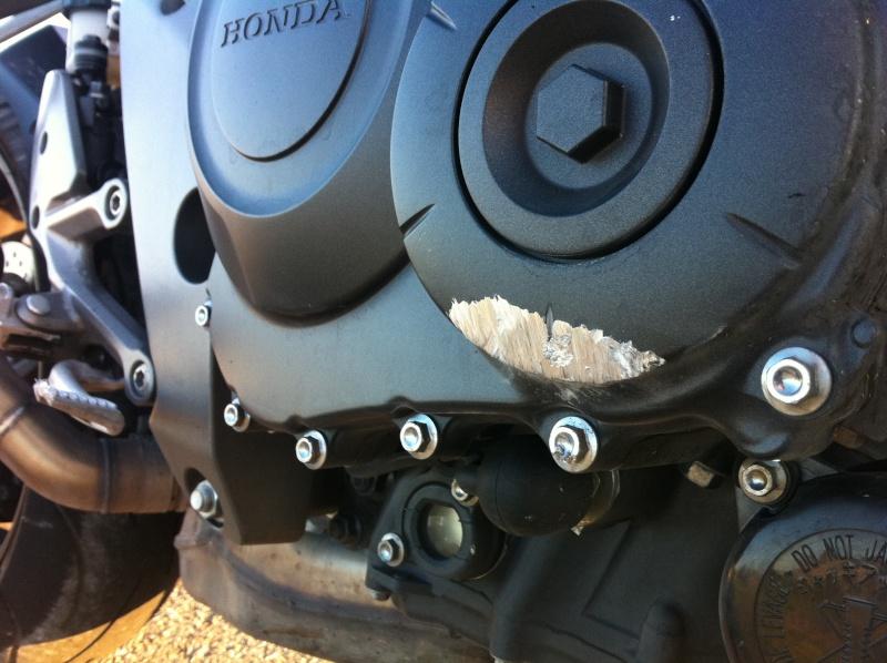 réparation carter moteur Img_0411