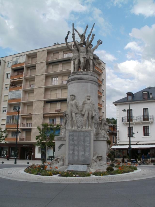 [Histoires et Histoire] Monuments aux morts originaux Français Tome 1 - Page 3 P5190112