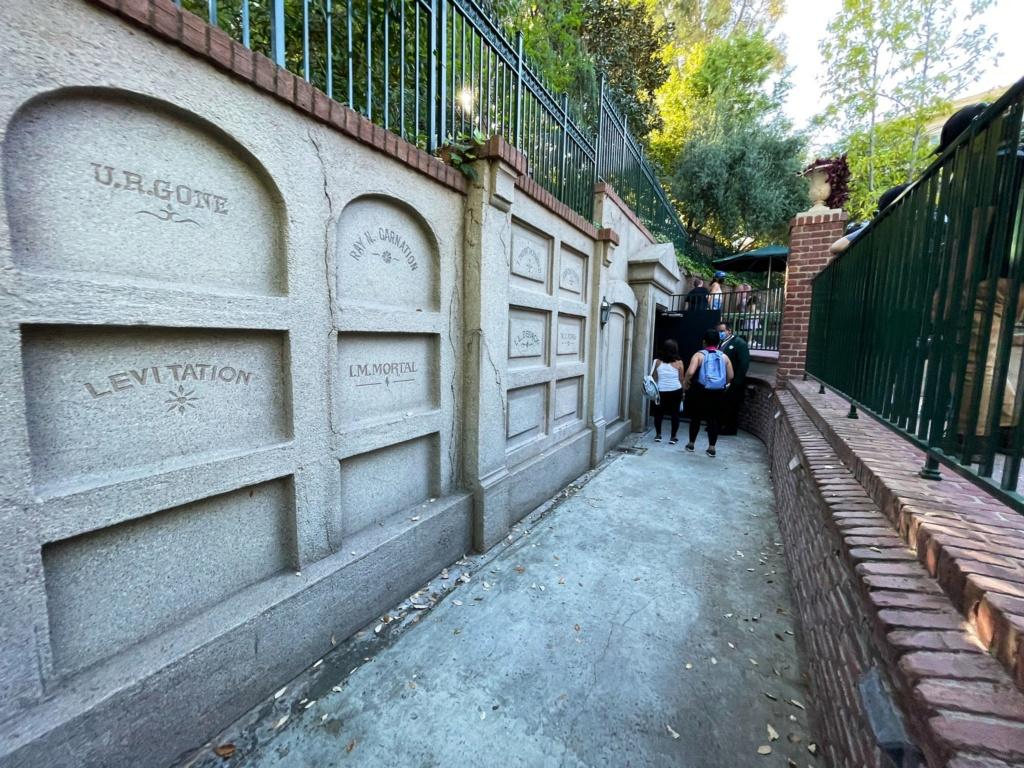 Disneyland Resort en général - le coin des petites infos - Page 12 43dfaa10