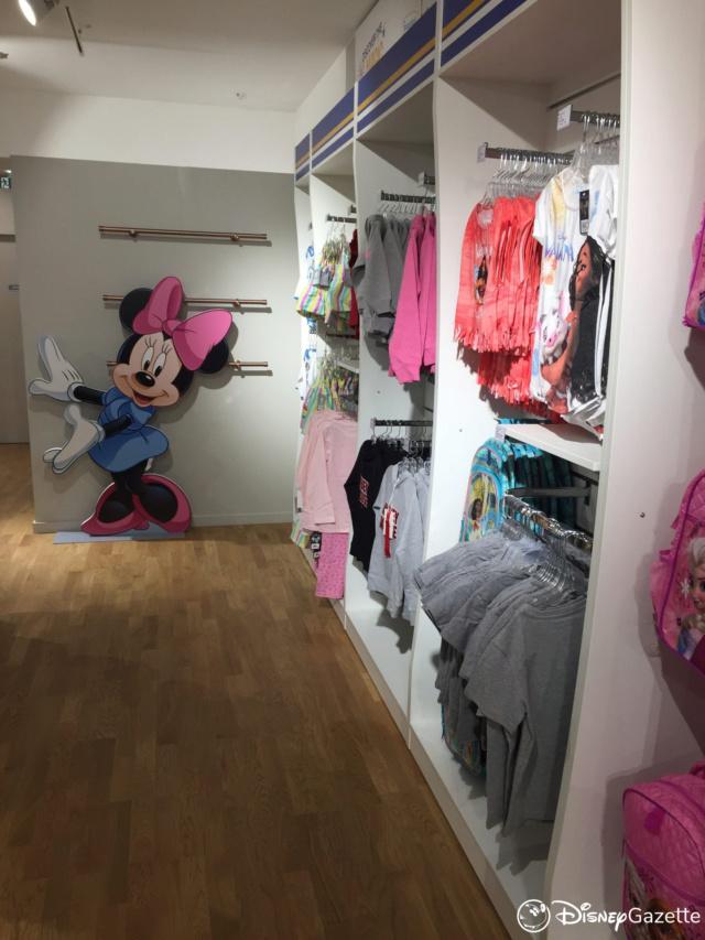 Les boutiques Disney Store FR en général - Page 21 Dlp-bo15