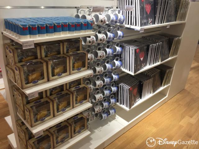Les boutiques Disney Store FR en général - Page 21 Dlp-bo18