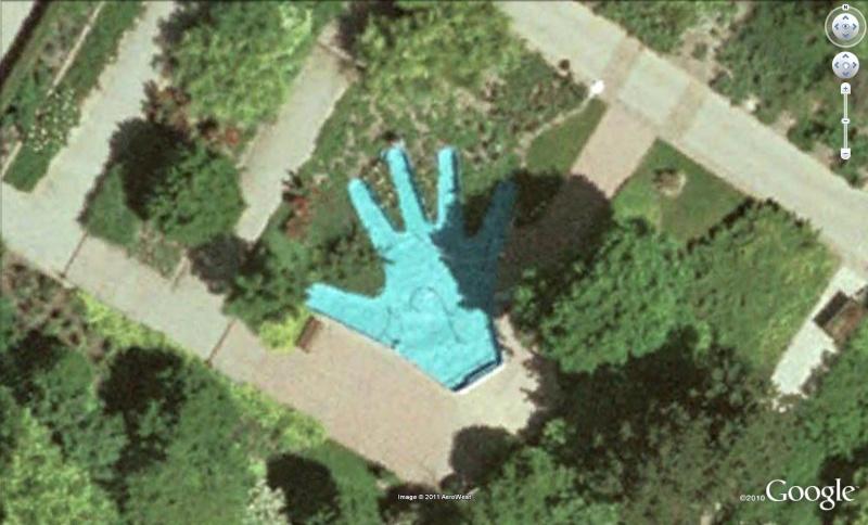 Les piscines du Monde découvertes avec Google Earth - Page 11 Main10