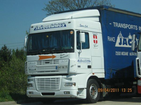 Camions du forum echelle 1 - Page 4 29924110