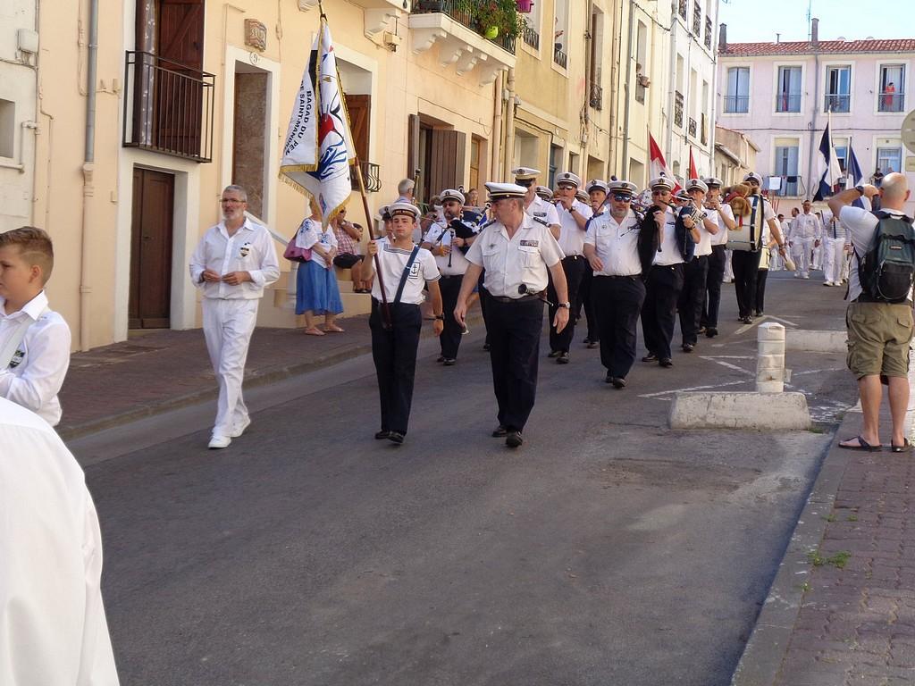 [Musique dans la Marine] Bagad de Saint Mandrier - Page 25 Bagad_10