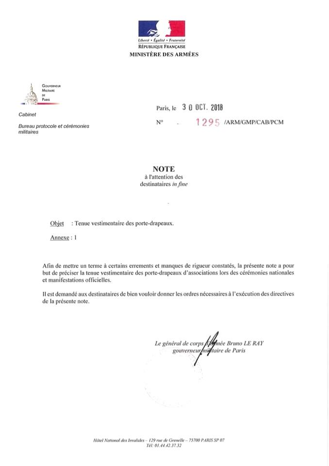 [LES TRADITIONS DANS LA MARINE] LE PORT DES DÉCORATIONS - Page 11 Tenue10