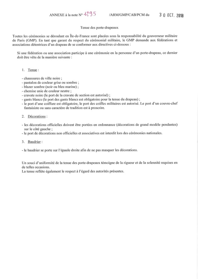 [LES TRADITIONS DANS LA MARINE] LE PORT DES DÉCORATIONS - Page 11 Tenue_10