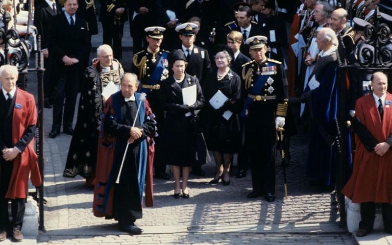 British Royal Family - Page 17 1979-m10