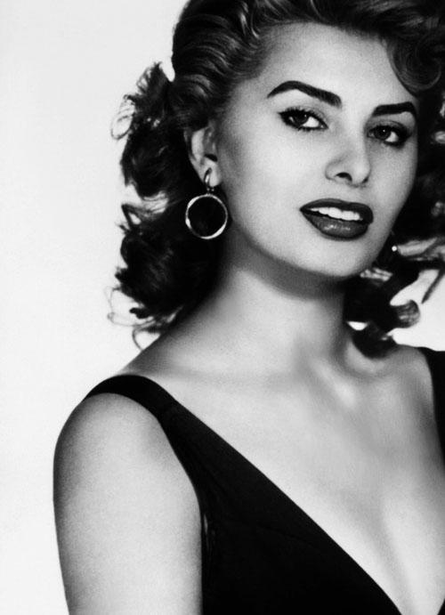 Sophia Loren is 75! - Page 4 Tumbl101
