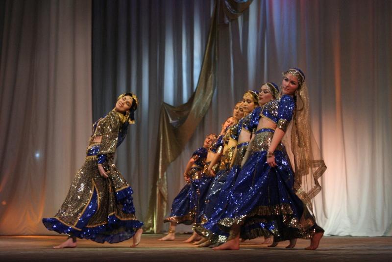MAYURI DANCE GROUP 25586510