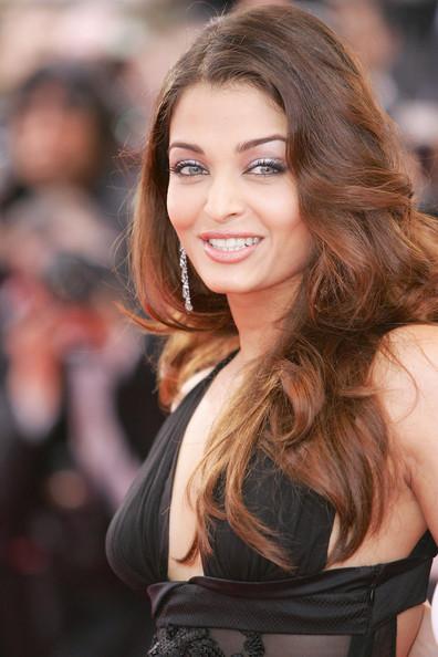 Cannes Film Festival - Page 3 Aishwa51