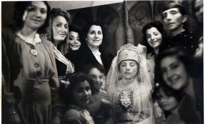 SOIR DU HENNE AVEC  LA KESOUA EL KBIRA (grande robe en arabe) - Page 3 116