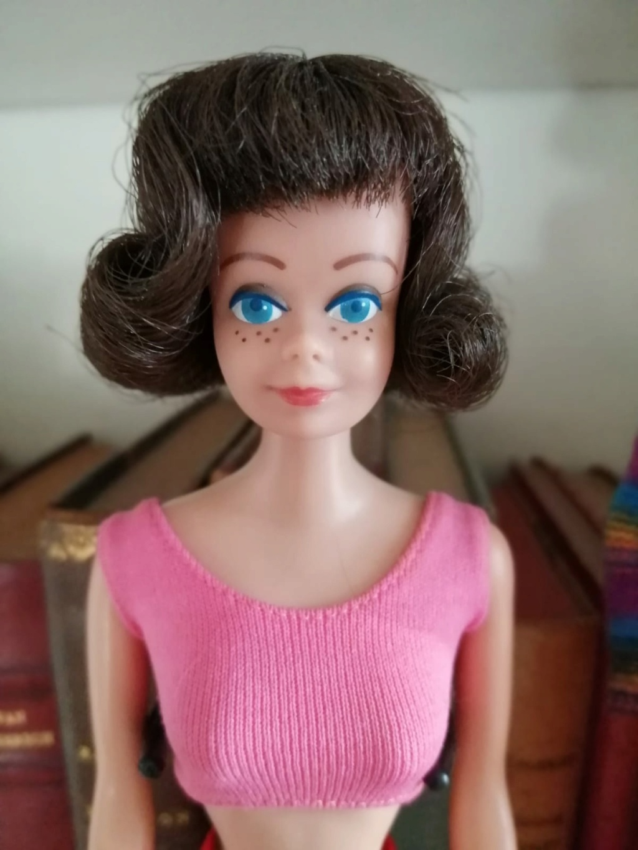 [VENTE] Hujoos très petit prix et Barbies vintage  549ca710