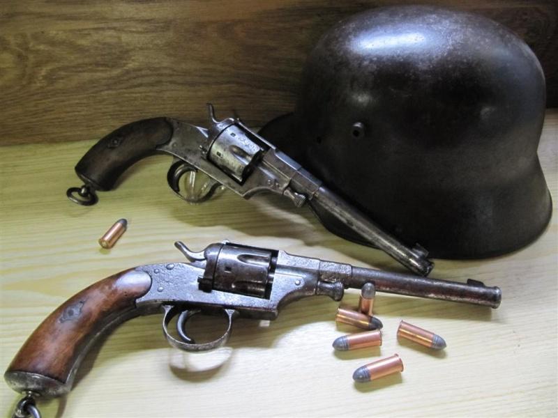 panorama des armes de poing réglementaires en categorie D  Img_3720