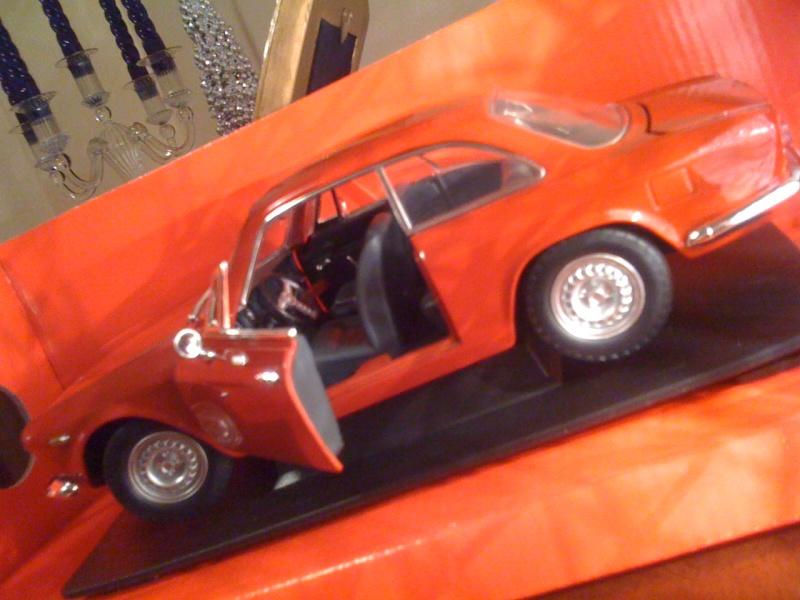 Album fotografico di GIUKEBOX  (modellini Alfa Romeo ) Foto_212