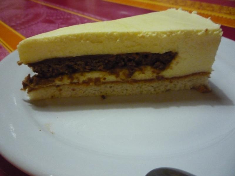 chocolat - Gateau chocolat blanc-praliné-chocolat noir? P1150610