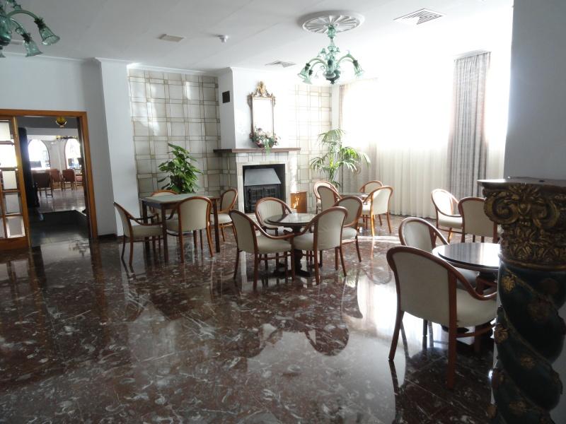 Bonsai Hotel and Don Juan 2011, Son Baulo Area Dsc03218