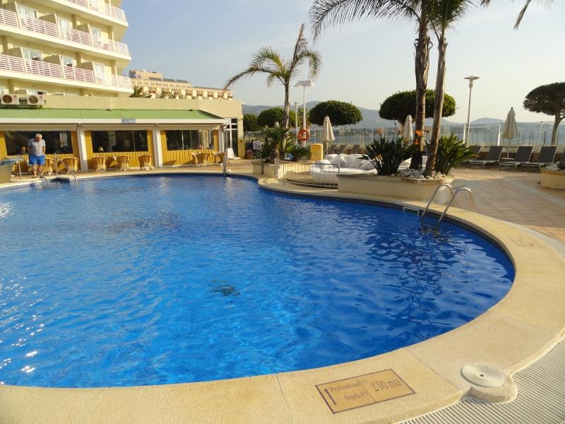 Son Matias Beach Hotel, 2012 (including the new refurb in March)  Dsc07028