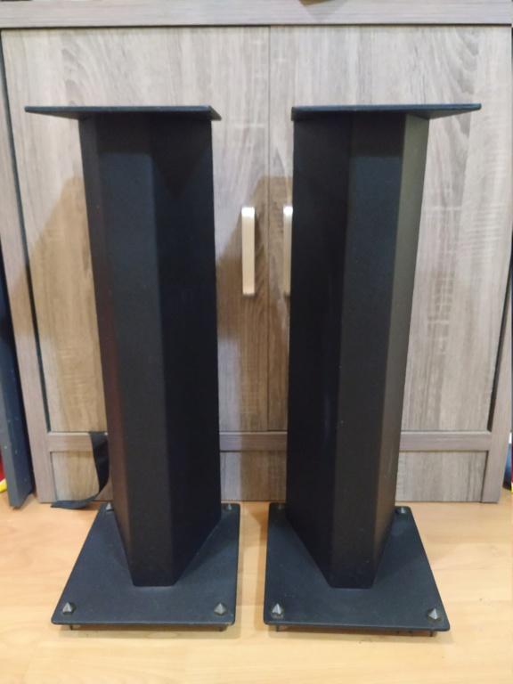 Speaker stand Img_2010