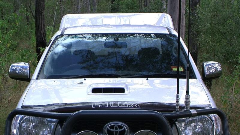 Mobile phones in the bush Uvs11017