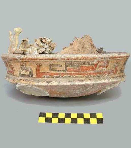 Le squelette d'une reine maya découvert au Guatemala  Maya_510