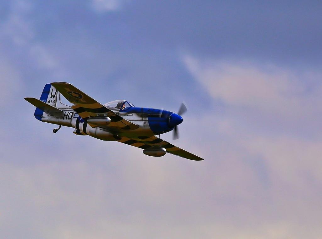 quelques photos d'aéroplanes... Ok_rv_96
