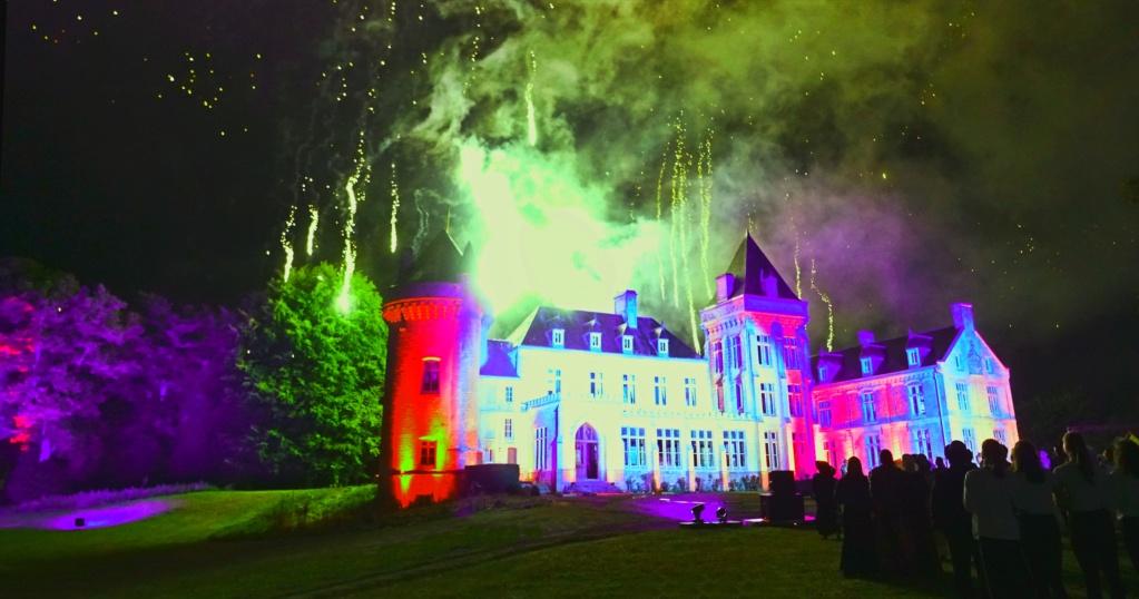 sons et lumières a Villers Châtel (feux d' artifices) Okrvm145