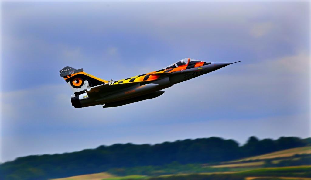 quelques photos d'aéroplanes... Okrvm295