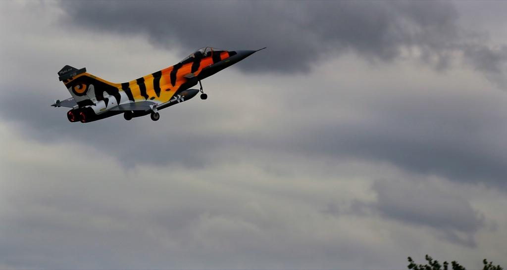 quelques photos d'aéroplanes... Okrvm297