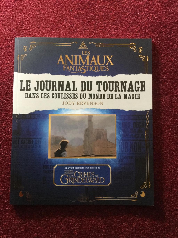 Beaux livres sur les Animaux Fantastiques - Page 4 44344411