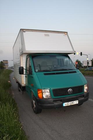Camions/voitures aménagé(e)s: voyager avec nos chiens 23_mai10