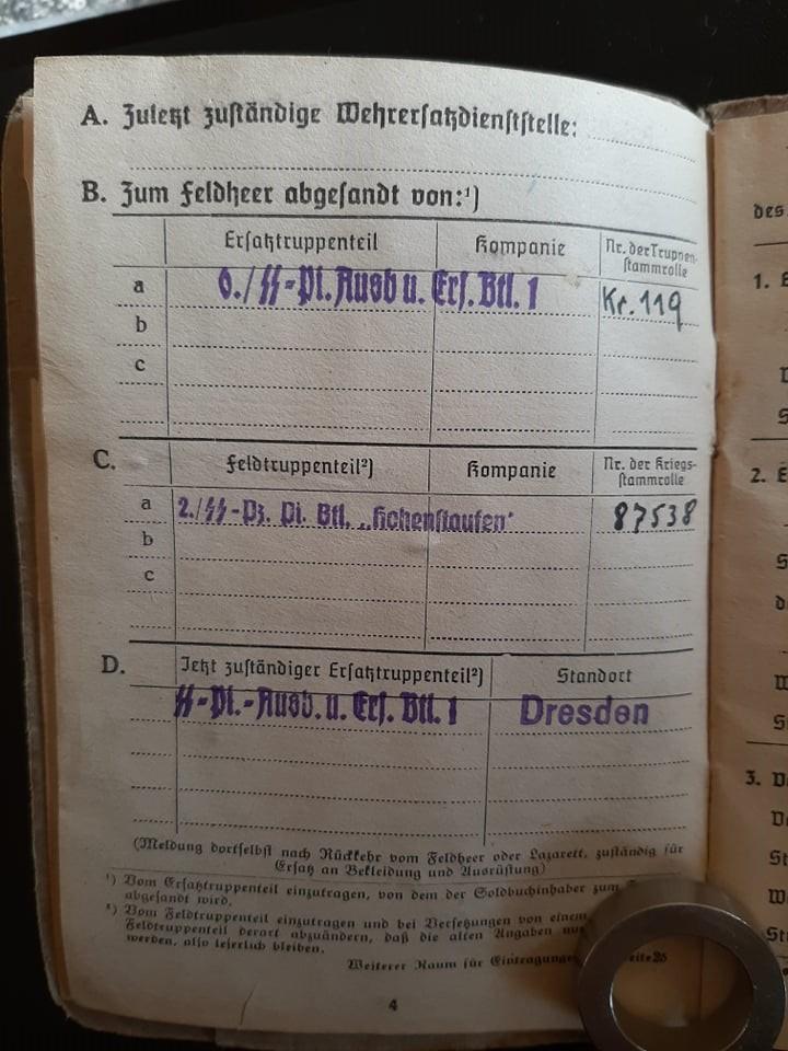 """Soldbuch  SS Pionier """" HOHENSTAUFEN """" 82528410"""