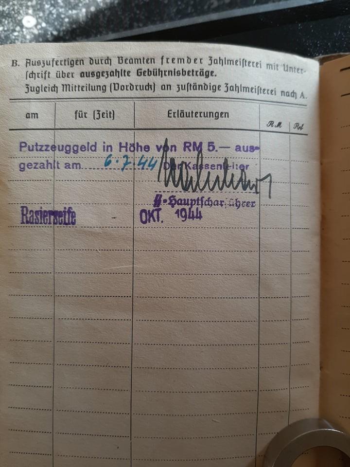 """Soldbuch  SS Pionier """" HOHENSTAUFEN """" 83619010"""