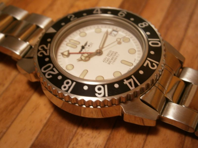 My passion:the sportive-dive GMT watches Pb020010