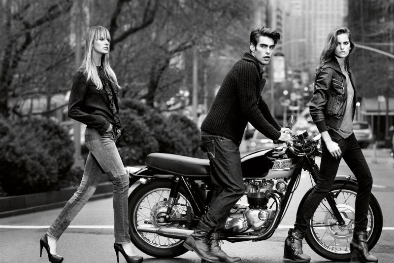 Campagne Pub Dkny Autome/hiver 2011  53329-10