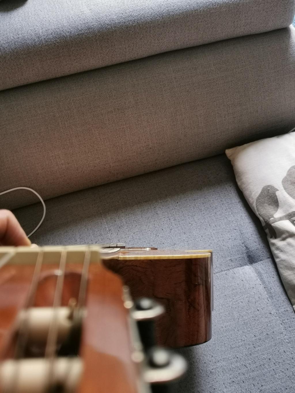 Inclinaison manche de guitare classique  Img_2011