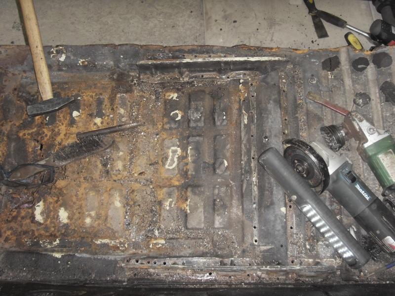 restauration de ma karmann cabriolet de 71  Sdc17310