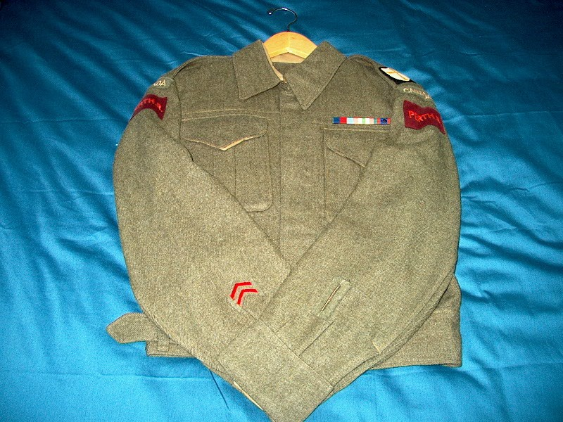 Can someone post a picture or 2 of Wound Stripes? Im013216