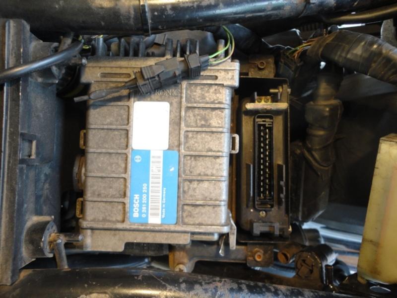 Removing the alternator on a 4 valve K100 A10