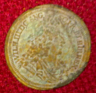 What coin is that? 25122028